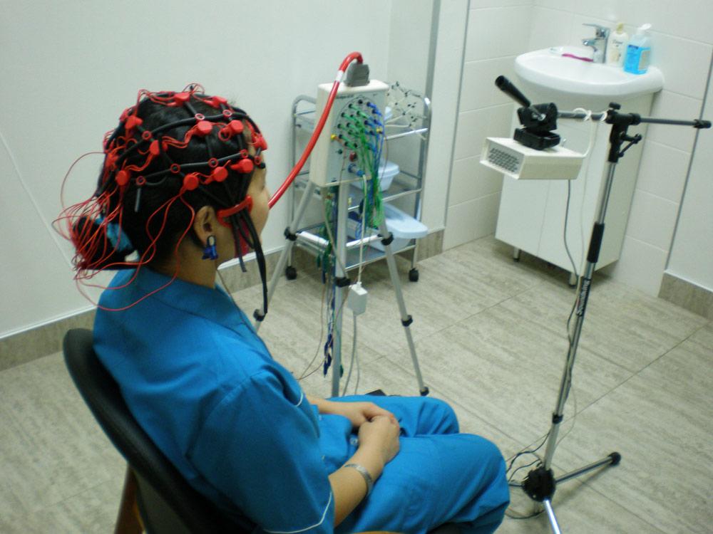 Проведение эхоэнцефалоскопии